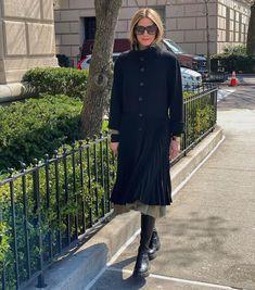"27.4 хил. харесвания, 99 коментара – Olivia Palermo (@oliviapalermo) в Instagram: ""Easter Sunday walks in Central Park 👫🐶🌷🦆 Wishing everyone a wonderful Easter!"""