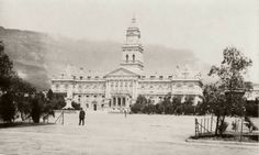 City Hall approx 1905 Old Pictures, Old Photos, Historical Pictures, Cape Town, South Africa, Landscape Photography, Taj Mahal, Festive, Events