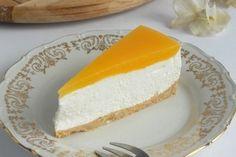 Torta marelica je jedna iz sve popularnijeg niza torti bez pečenja. Kora se priprema od mljevene plazme (ako je nemate, poslužit će i neki drgi…