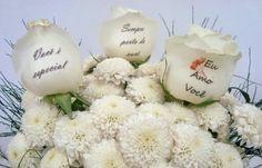 Rosas naturais personalizadas com fotos ou frases à sua escolha. Cesta Mágica.