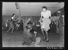 """Jitterbugging in """"Negro juke joint"""" (sic.) (Date to be known). Memphis, Tennessee"""