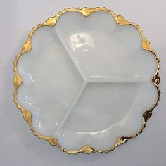 Vintage Stuff Vintage White Milk Glass Divided Serving Plate Tray Dish Gold Trim Round - Very nice milk glass vase! One tiny tiny chip on lip. See photo. Glass Coffee Cups, Tea Cups, Milk Glass Vase, Antique Glassware, Carnival Glass, Glass Collection, Vintage Stuff, Dish, Tiny Tiny