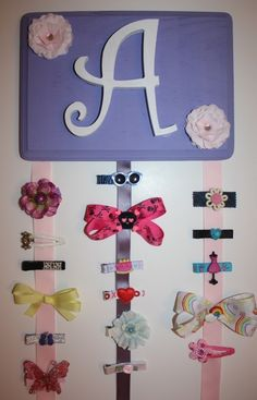 Cute way to organize bows!