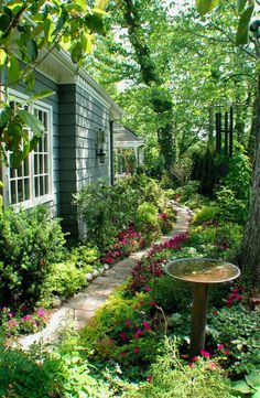 Lush Landscape Design Ideas * You can get more details by clicking on the image. #OrganicGarden