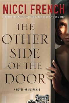 Bonnie Graham stands in the open door of her friend's apartment. She is alone, except for the dead body lying in a pool of blood on the floor. What happened? What will Bonnie do now? Whom can she turn to? And what role has she played in the murderous events?