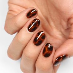 32 Cute Thanksgiving Nail Art Designs That Will Make You Feel So ~Fall~ - Rock some killer Thanksgiving nail art while you& reaching for that second piece of pie. Diy Nails, Cute Nails, Pretty Nails, Thanksgiving Nail Art, Gel Nagel Design, Nagel Hacks, Garra, French Tip Nails, Autumn Nails