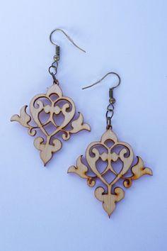 Filigree Laser Cut Wood Earrings / vintage women jewelry /