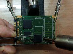 Proces odzyskiwania danych z pendrive'a i innych nośników wyposażonych w pamięć FLASH