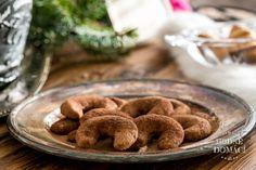 Vánoční rohlíčky | Hodně domácí Christmas Sweets, Xmas, Cereal, Paleo, Cookies, Breakfast, Desserts, Food, Drinks