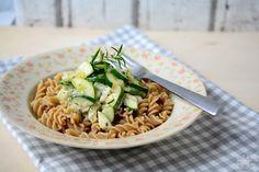 Ina Is(s)t: Vollkorn-Pasta mit Zucchini-Frischkäse-Soße