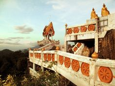 Wat Tam Sua/Tiger Cave Temple (Krabi, Thailand); traveled in Fall 2012 (not my photo)