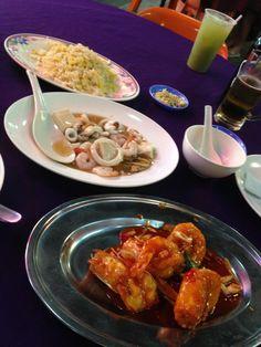 Topspot seafoodcourt in Kuching Borneo
