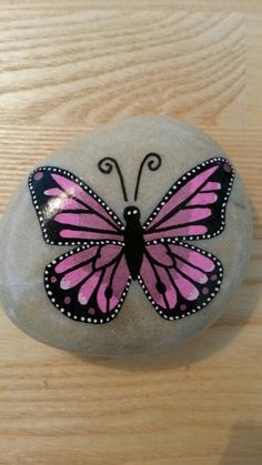 Butterfly Rock Painting, Painting Rocks, Rocks Butterfly, Stones Painting, Rocks Story Stones, 1 Rock Painting, Stones Butterfly, Butterfly Rocks, Rocks ...