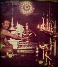 Rare Darshana of Lord Ayyappa at Sabarimala. Temple Pictures, God Pictures, Rare Pictures, Hindu Deities, Hinduism, Lord Murugan Wallpapers, Hindu Worship, Shri Yantra, Lord Ganesha Paintings