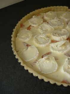 The Best Classic Quiche Recipe - Food Lover Recipes Salmon Quiche, Food Porn, Quiche Lorraine, Food Test, Quiche Recipes, Pie Cake, Smoked Salmon, Culinary Arts, Goat Cheese
