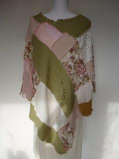 """Capes & Ponchos - Poncho """"Rose"""" - ein Designerstück von AutumnFlowers bei DaWanda"""