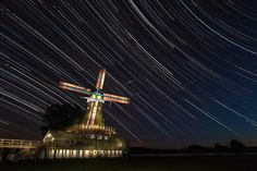 This Fabulous Star-Gazing Accident Features Fun For the Accomplished Family, and Benefits The Miami Adolescence for Christ City Life KIX. Stars At Night, Star Night, Homestead Florida, Huron County, Art Painting Images, Florida City, Pictures To Paint, Summer Travel, Night Photography