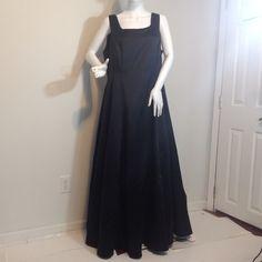 Jessica McClintock black evening gown Sz.16W Jessica McClintock black evening gown Sz. 16W. With Chrinoline and zipper in back. jessica McClintock  Dresses