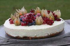 Verdens beste ostekake! (Enkel, selvsagt) Acai Bowl, Camembert Cheese, Cheesecake, Food And Drink, Baking, Breakfast, Recipes, Times, Drinks