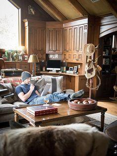 Peek Inside Jared Padalecki's Cozy Man Cave (Photos)