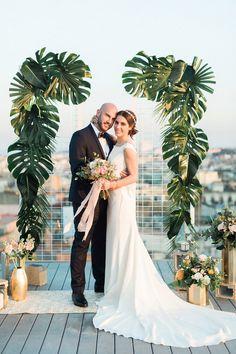 Glam-Tropical Pink Und Gold-Wedding-Shooting  - GlamTropical, GoldWeddingShooting, Pink - Mode Kreativ - http://modekreativ.com/2017/04/26/glam-tropical-pink-und-gold-wedding-shooting.html