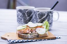 NO HOME WITHOUT YOU » NEW FAVORITE: SMOKED SALMON SANDWICH