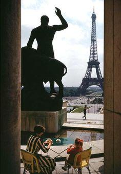 mimbeau:  Paris 1961 George Rodger