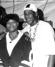 Here's a dope pic of Jaz-O, Queen Latifah & Jay-Z 📸 Music Mix, Rap Music, Soul Music, Hip Hop Hooray, Hip Hop And R&b, Queen Latifah, Hiphop, Black Panthers Movement, Afro
