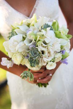 succulent-bouquet-1- minus the purple plus gray velvet wrap around stems