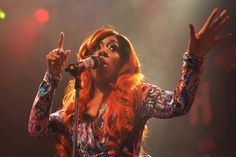 Azealia Banks takes shots at K. Michelle, drags herby her G-string & fake butt! - http://www.nollywoodfreaks.com/azealia-banks-takes-shots-at-k-michelle-drags-her-by-her-g-string-fake-butt/