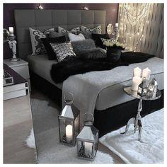 Black And Grey Bedroom, Black Bedroom Decor, Room Ideas Bedroom, Bedroom Wall, Girls Bedroom, Bedroom Furniture, Gothic Bedroom, Bedroom Rustic, Furniture Market