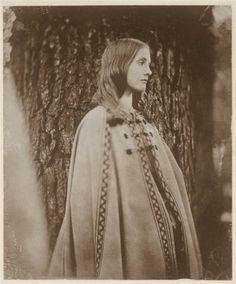 Virginia Woolf (1902)