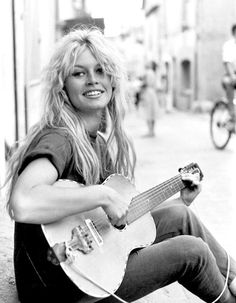 Brigitte Bardot Guitar in San Tropez (1958) http://sulia.com/my_thoughts/24947bb2-c4ed-4f04-a2cc-e8bb3c450010/?source=pinaction=shareux=monobtn=smallform_factor=desktopsharer_id=125435173is_sharer_author=truepinner=125435173