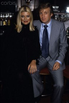 Donald and Ivana Trump Donald and Ivana Trump at the bar of Studio 54 during Lorna Luft's birthday celebration Trumps First Wife, Donald Trump Images, Donald Trump Daughter, Trump Kids, Ivana Trump, John Trump, Out Of Touch, Studio 54, Famous Couples