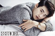 """With the success of his drama """"W – Two Worlds"""", Lee Jong Suk is showing up everywhere and that's more than okay with us. Showing us what classy means, he discussed with & Lee Jong Suk Hot, Lee Jung Suk, Suwon, Asian Actors, Korean Actors, Korean Dramas, Young Male Model, W Two Worlds, Cute Asian Guys"""