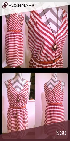 Ann Taylor burnt and pale orange chevron dress 👗 Ann Taylor loft size medium pullover summer dress.  Stretchy cinched waist.  Accessories not included.  Coral/orange chevron print.  Flawless dress. Ann Taylor Dresses