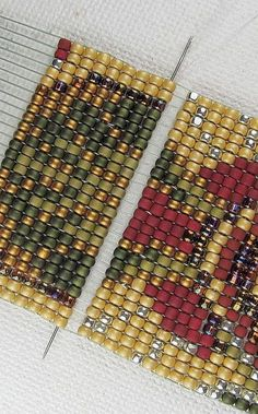 Beads Beading Beaded, with Erin Simonetti: REPAIR:Replacing beads, within a loom woven row.