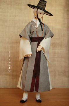 한복 Hanbok : Korean traditional clothes[dress] : Dolls