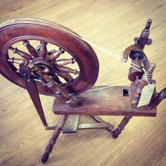 Wonderful Sleeping Beauty Esque Spinning Wheel. Photo Gallery