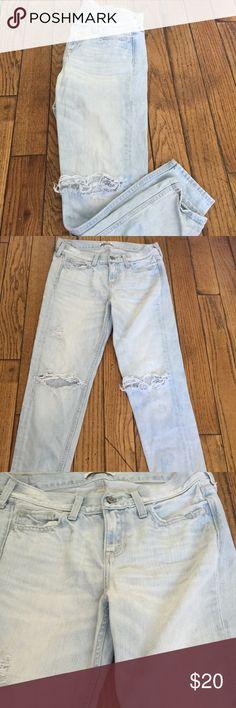 Boyfriend jeans Iight wash destroyed boyfriend jeans from Hollister size 0 / 25 - like new condition Hollister Jeans Boyfriend