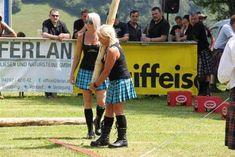 Caber tossing chicks in kilts. Kilt Skirt, Man Skirt, Tartan Dress, Tartan Plaid, Scottish Highland Games, Scottish Fashion, Scottish Women, Scottish Festival, Modern Kilts
