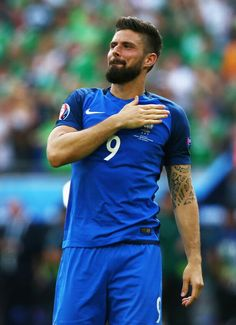 Oliver Giround stakes are high as he looks to start against Peru Worldcup Football, Football Players, Hairy Men, Bearded Men, Giroud Olivier, France Players, Arsenal, Fifa, Vintage Man
