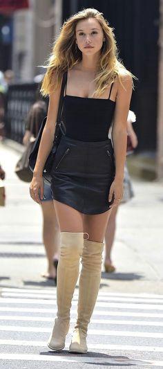 eb70d3a3c7aa Schwarze Outfits, Hohe Stiefel, Schöne Beine, Kleidung, Schöne Hintern, Schwarze  Lederröcke