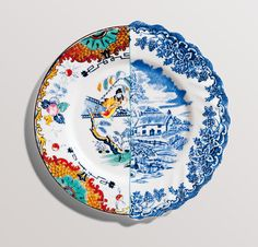 """Seletti - mass of interest: cups with handles, ears, porcelain salad as cartons of Chinese take-away, """"wrinkled"""", made of glass, the service designer, from which you can add mock city block. But Hybrid plates put in his heart.."""