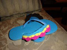 Ravelry: Shell Stitch Flip-Flops pattern by Lulu Bebeblu Free pattern, thanks so xox