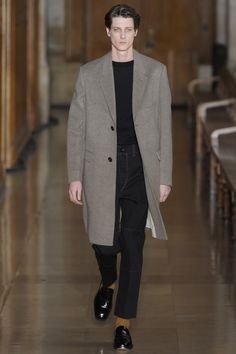 85 best Autumn Winter 17 Fashion images on Pinterest   Man fashion ... 57f83bf708b6