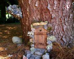 Another cute fairy door idea...def. going to make one or two of these!