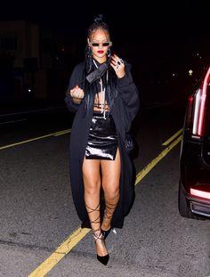 Rihanna Looks, Rihanna Riri, Rihanna Style, Rihanna Fashion, 2000s Fashion, Fashion Outfits, Women's Fashion, Rihanna Outfits, Celebs