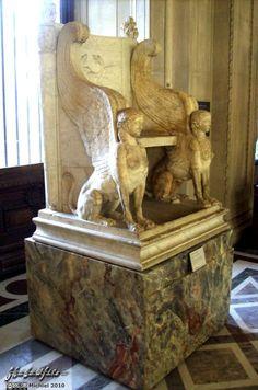 Greek Sphinx chair, Louvre, Paris, France, Paris 2010,travel, photography,favorites