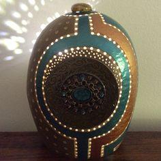 Lampe calebasse Gourd lamp Vendue